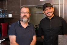 Ruben Alvarez (à droite) créateur de La Nacional Cantina Mexicaine, en compagnie de Vincent Arvis, directeur de IMPSL. © Pierre Bruynooghe