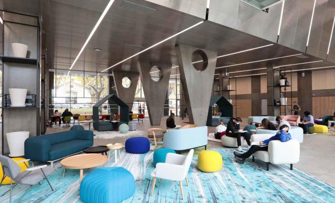 Située sur l'ancien site de l'Ecole d'Application de l'Infanterie (EAI), la Cité Créative intègrera un campus porté par le groupe Icônes. © Esma