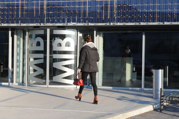 Le MIBI propose un hébergement adapté aux entreprises internationales.