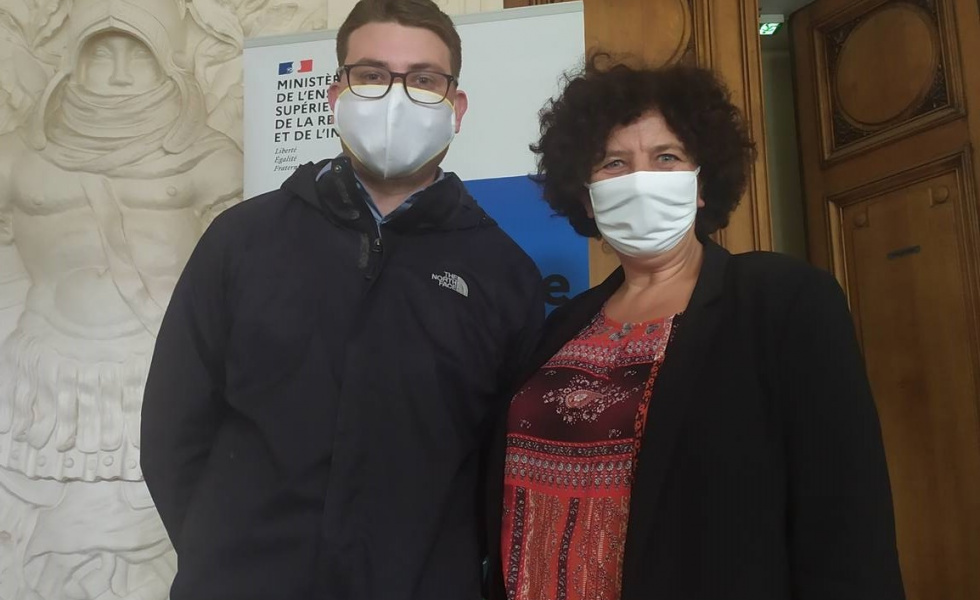 Jason Perrier co-fondateur d'Agoragom, avec Frédérique Vidal, ministre de l'Enseignement supérieur, de la Recherche et de l'innovation