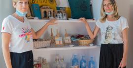 Karine Cauvy-Allemand (à droite) et Isabelle Ferranet, responsable accueil de l'Office de Tourisme et des Congrès de Montpellier Méditerranée Métropole. © Pierre Bruynooghe
